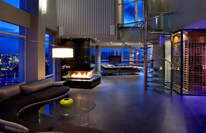 Penthouse in Vancouver by Feenstra Architecture
