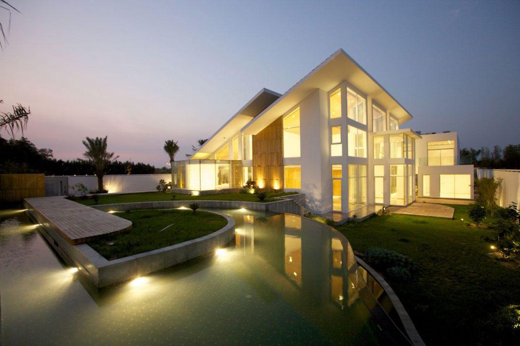 Bahrain House by MORIQ