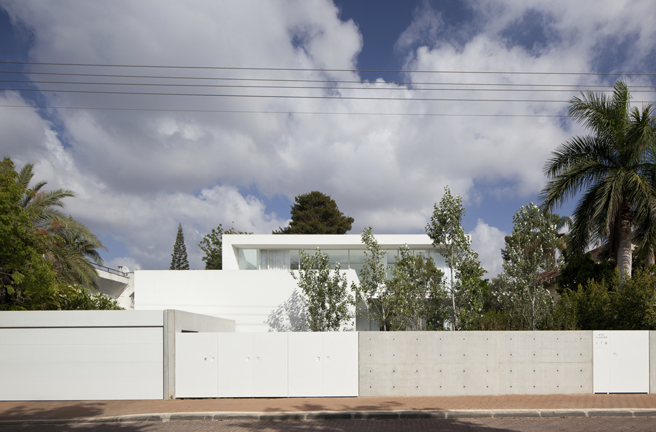 barak-house-pitsou-kedem-architects_barak_house_001