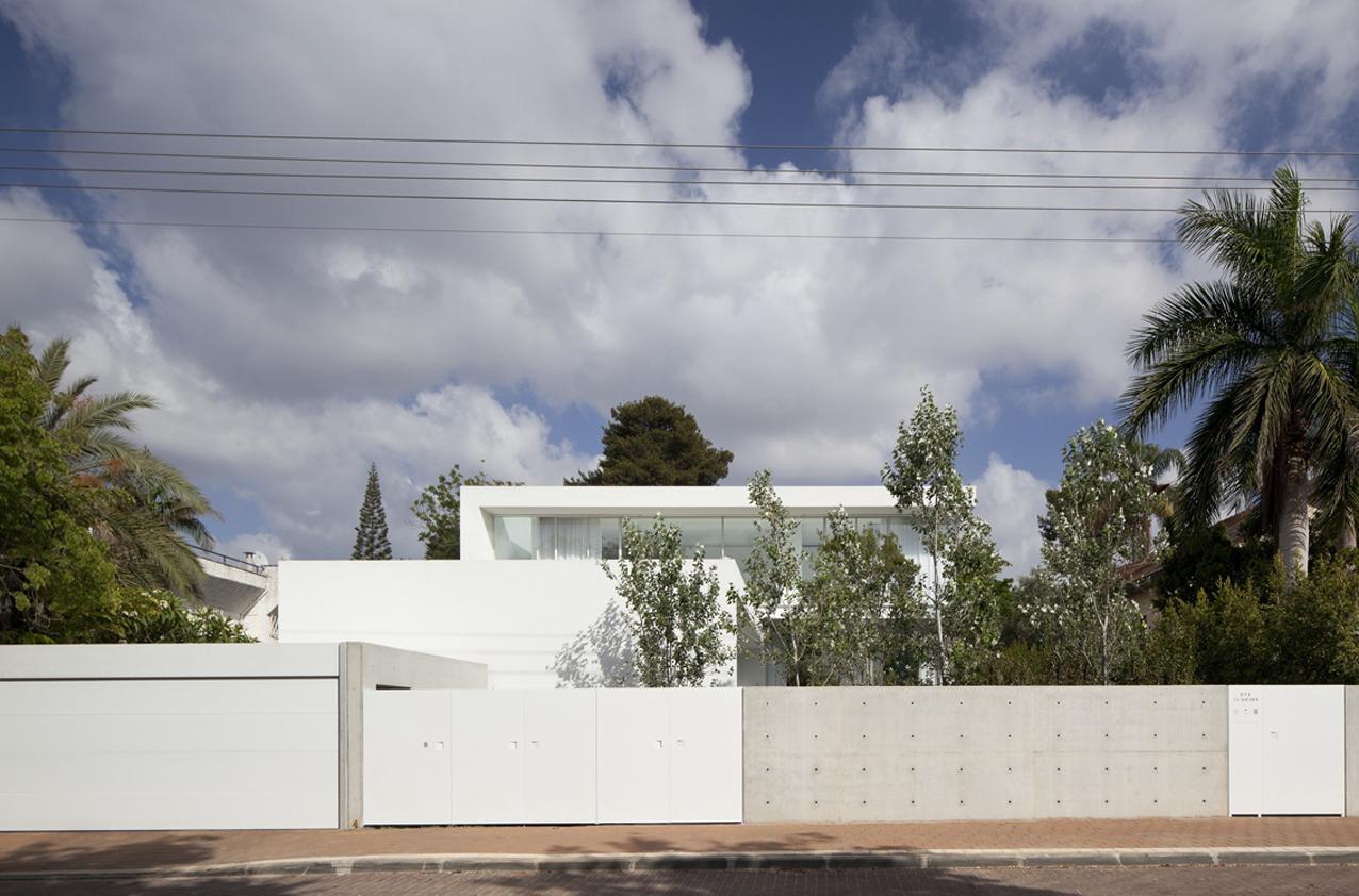 barak-house-pitsou-kedem-architects_barak_house_001