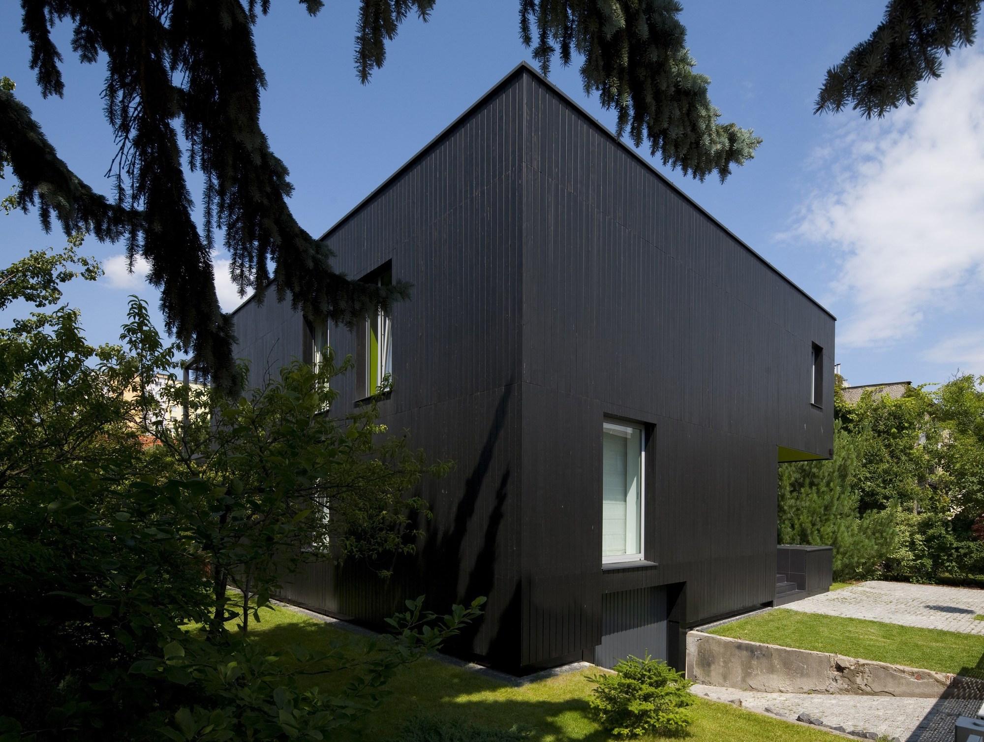 black-cube-house-kameleonlab_03_bc