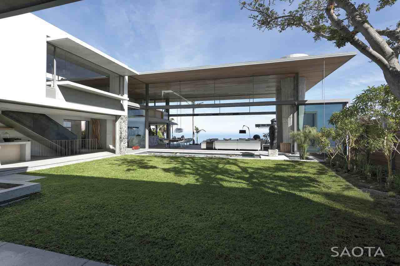 de-wet-34-saota-stefan-antoni-olmesdahl-truen-architects_dewet34_1a_ext_ff101_garden_008_sa