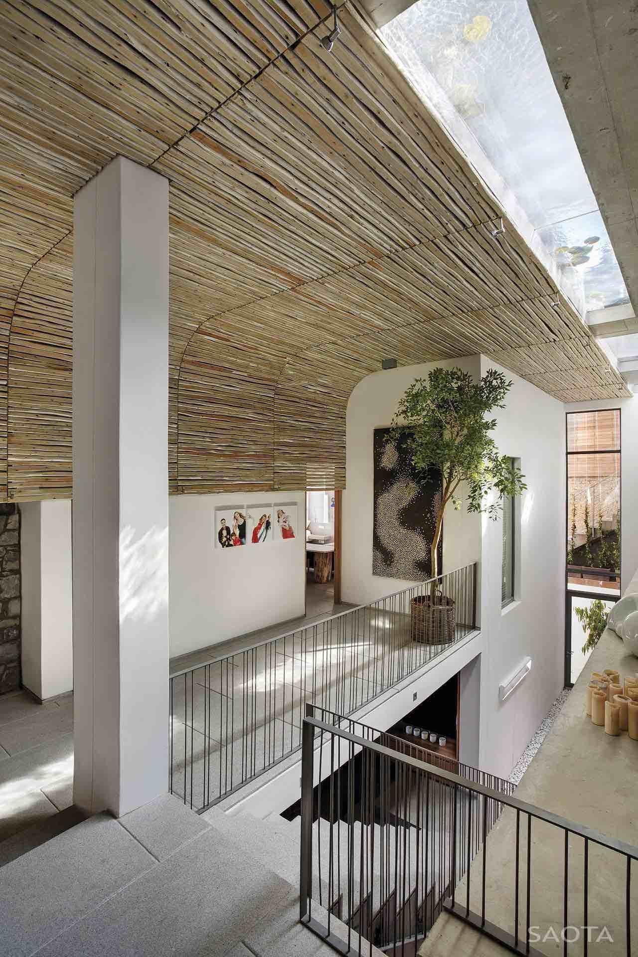 de-wet-34-saota-stefan-antoni-olmesdahl-truen-architects_dewet34_1a_int_gf002_atrium_001_al