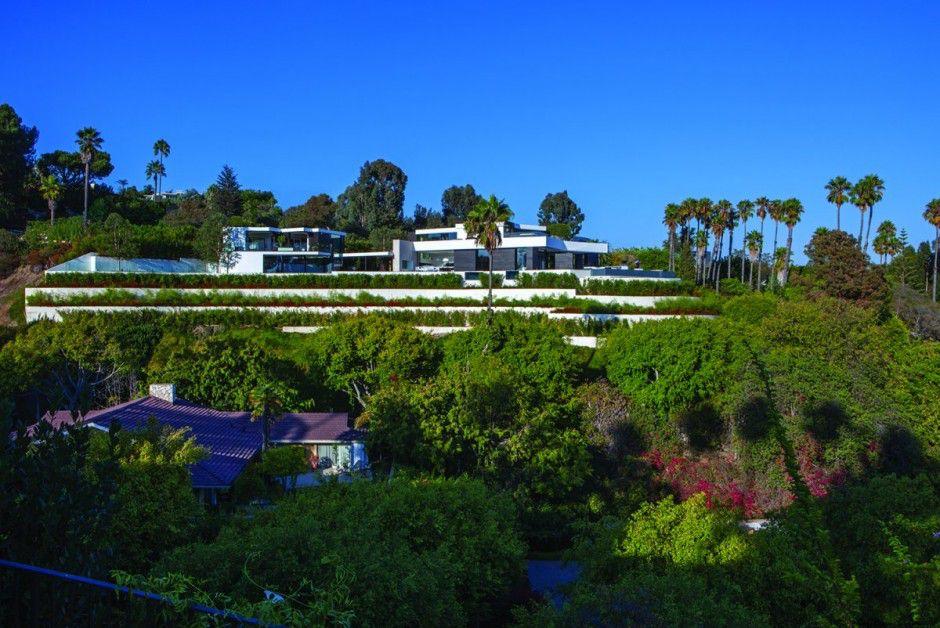exterior-modern-residence-Laurel-Way