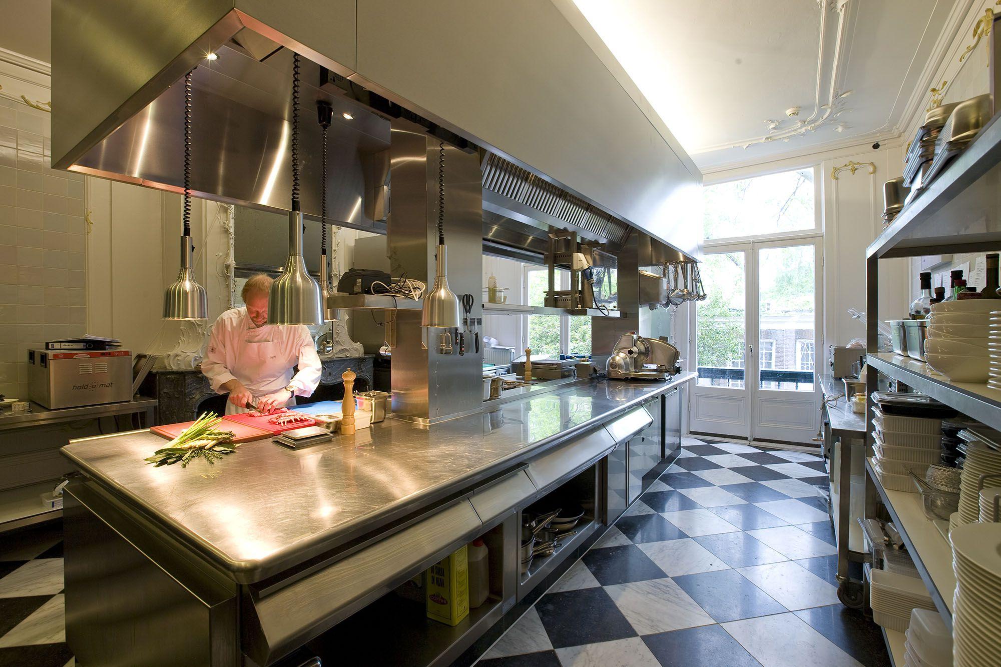 kitchen - © jim ellam