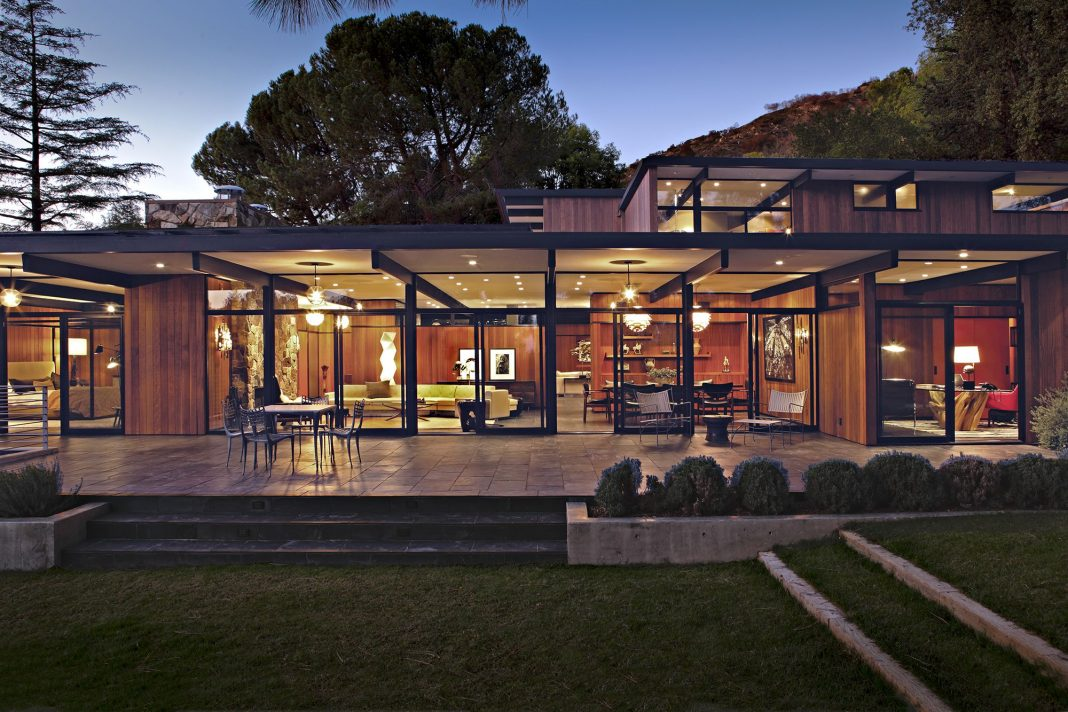 La canada mid century by osborn architects and jamie bush for House plans louisiana architects