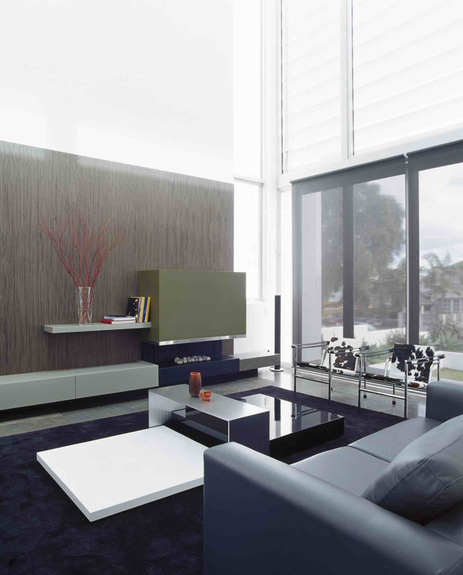 minosa-design-high-voids-sitting-room-modern-custom-joinery-gas-fireplace-limestone-floor-04