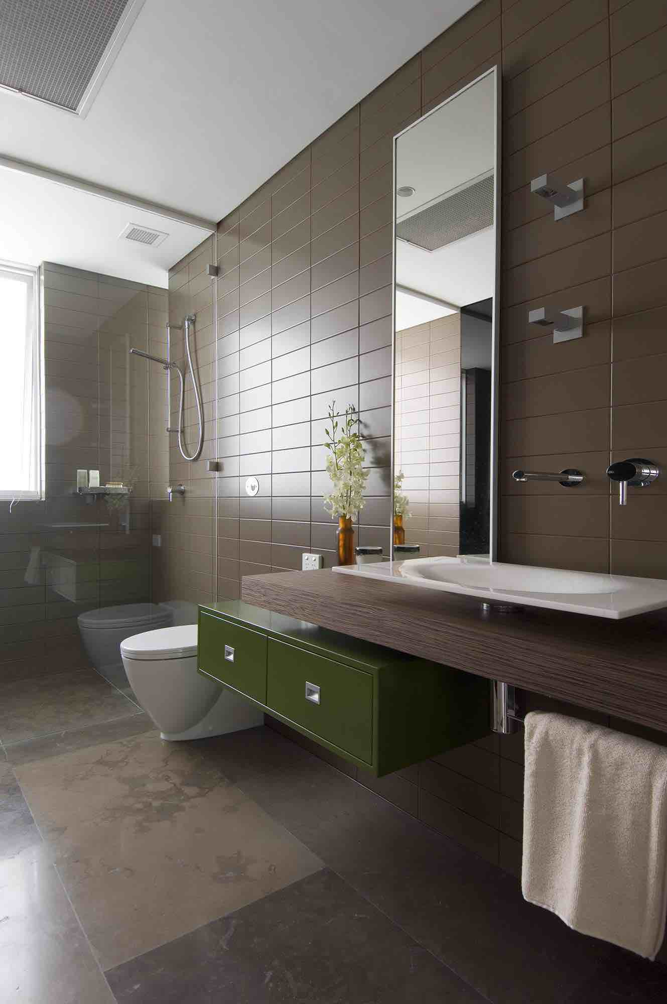 minosa-design-modern-bathroom-floating-vanity-portlans-st-bathroom-puddle-gessi-ovale-dover-heights-01
