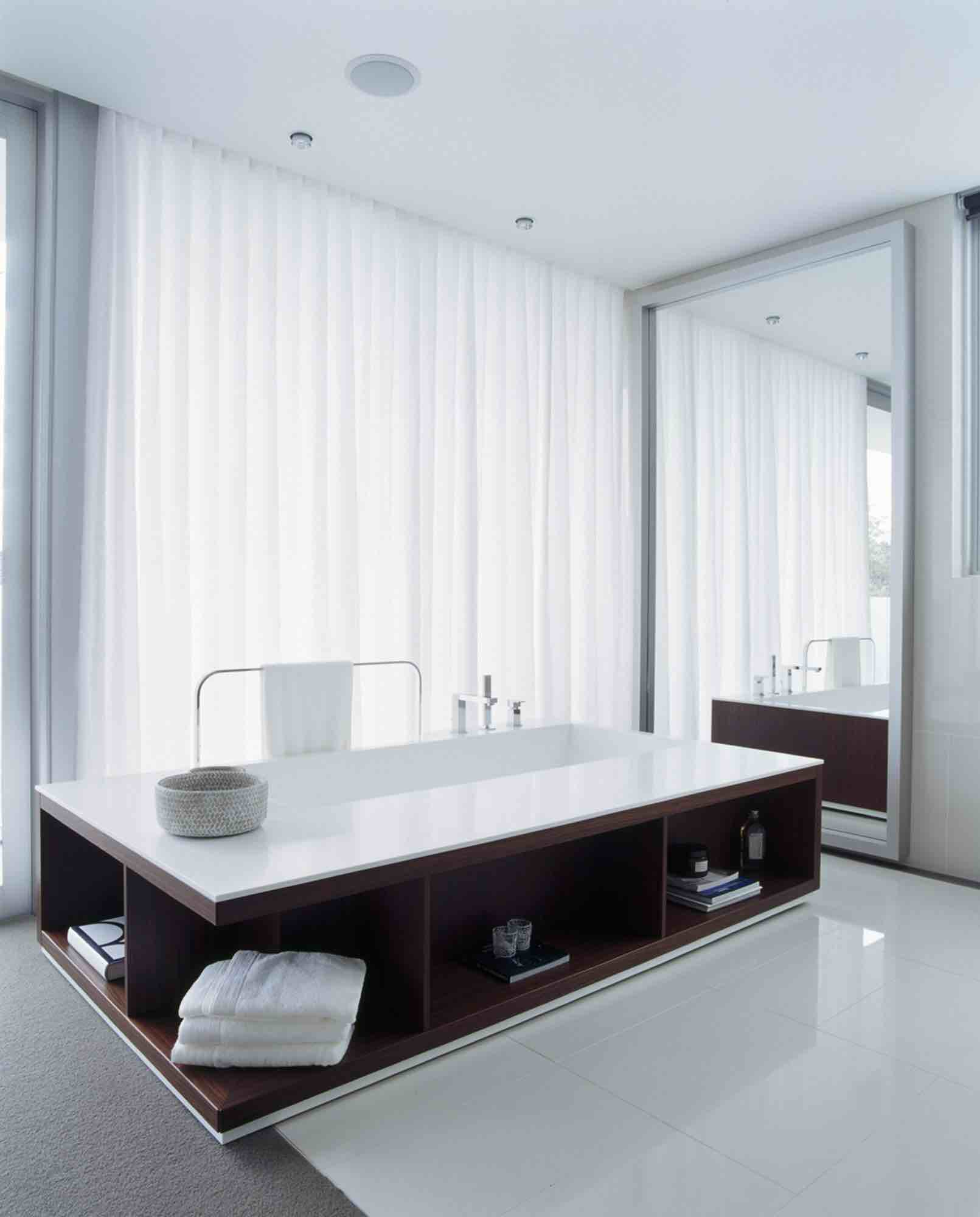 minosa-design-open-plan-ensuite-parents-retreat-dover-heights-portland-st-scooped-double-rifra-freestanding-corian-bath-shear-curtain-bathroom-02