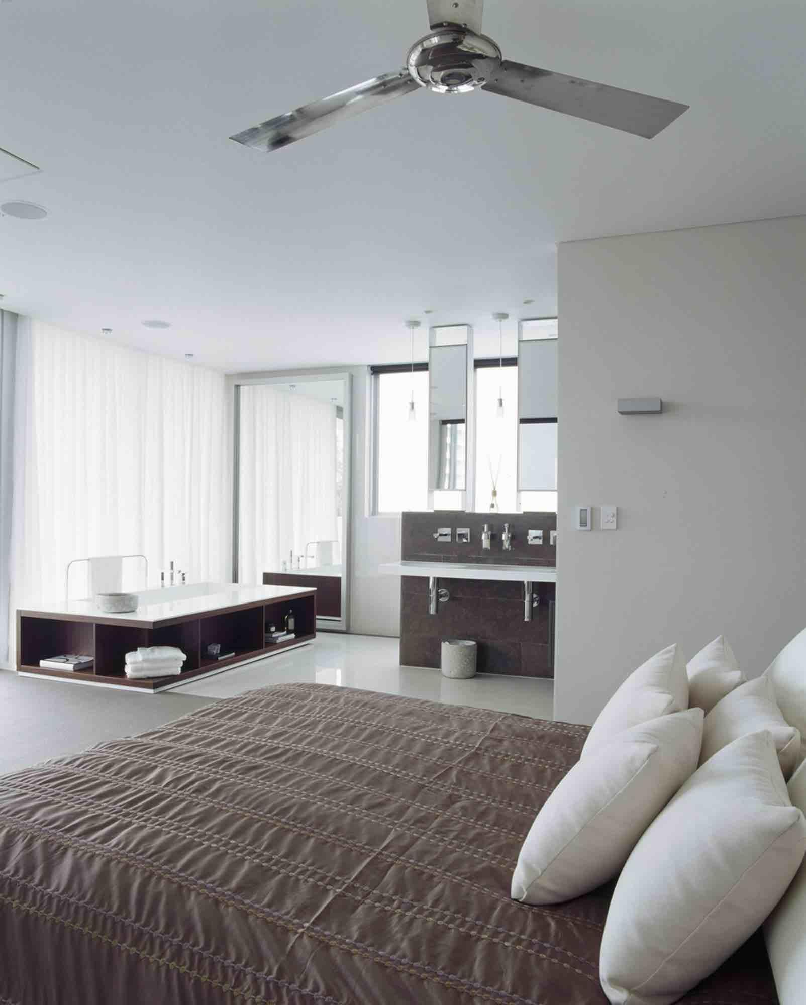 minosa-design-open-plan-ensuite-parents-retreat-dover-heights-portland-st-scooped-double-rifra-freestanding-corian-bath-shear-curtain-bathroom-04