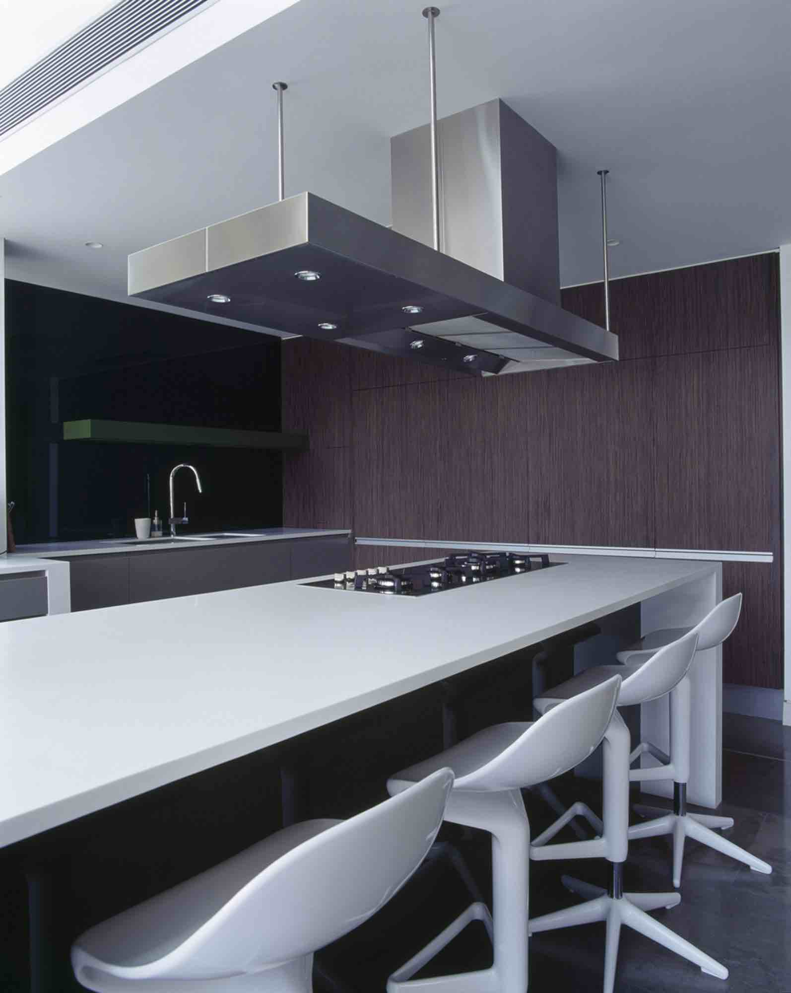 minosa-design-open-plan-high-ceiling-void-large-dinning-table-corian-benchtop-minosa-kitchen-gilda-02