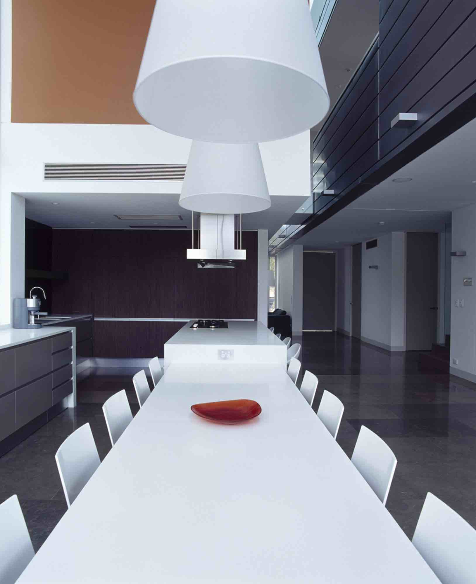 minosa-design-open-plan-high-ceiling-void-large-dinning-table-corian-benchtop-minosa-kitchen-gilda-08