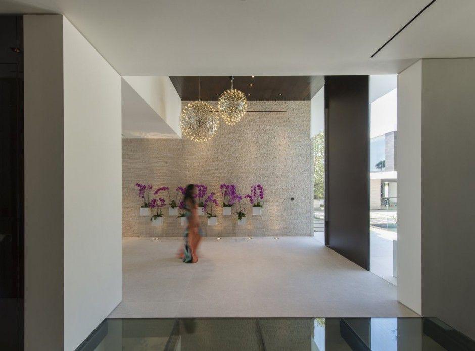 modern-residence-Laurel-Way-15