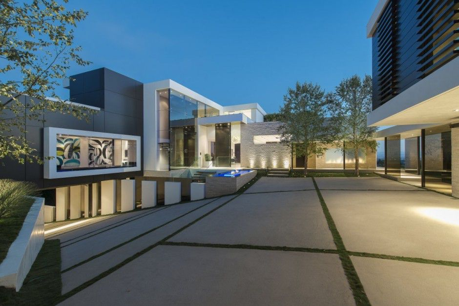 modern-residence-Laurel-Way-5