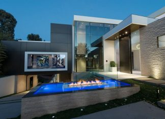 nce by Whipple Russell Architects