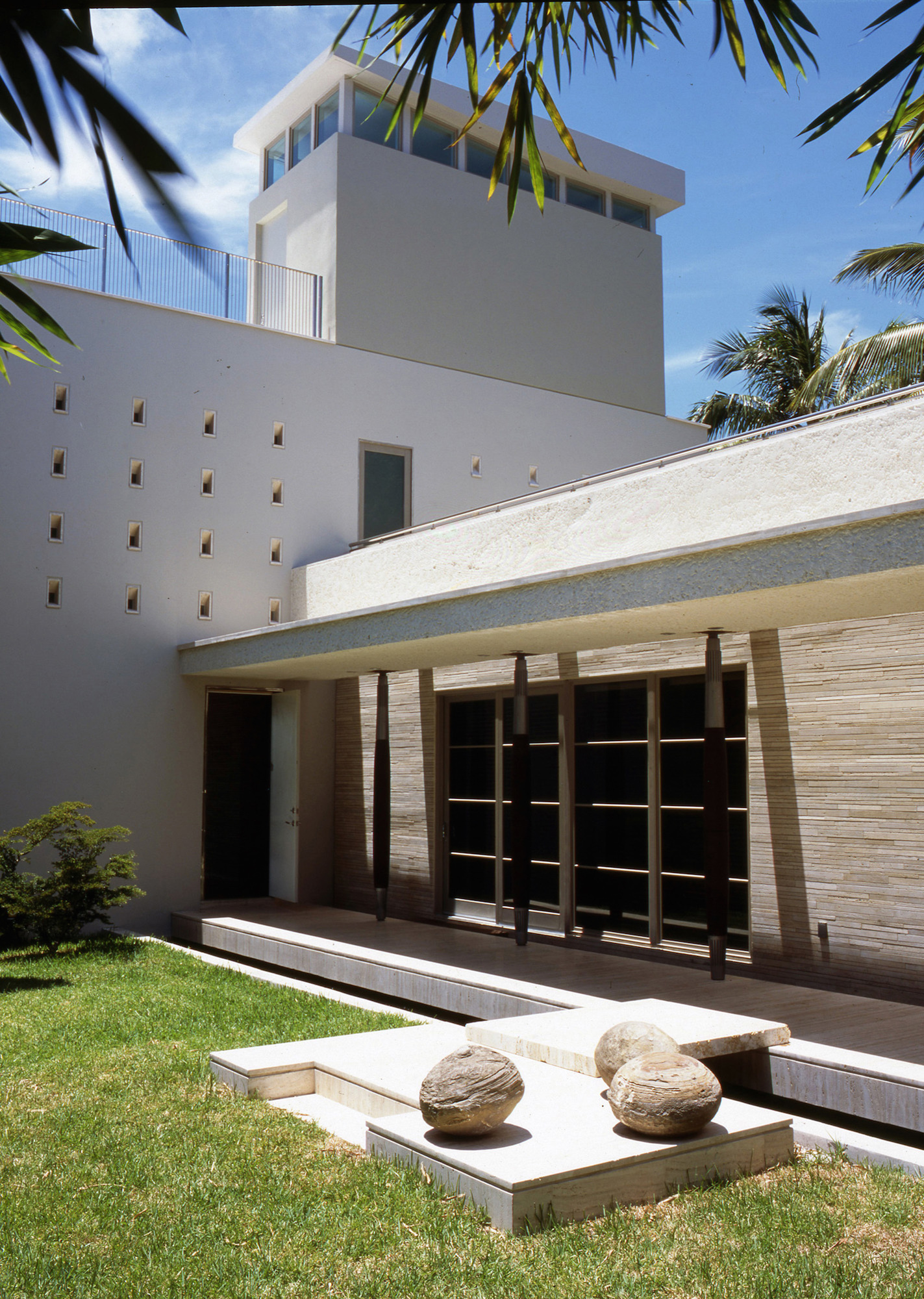 residencia-tavernier-drive-luis-pons-design-lab_apollo_design052