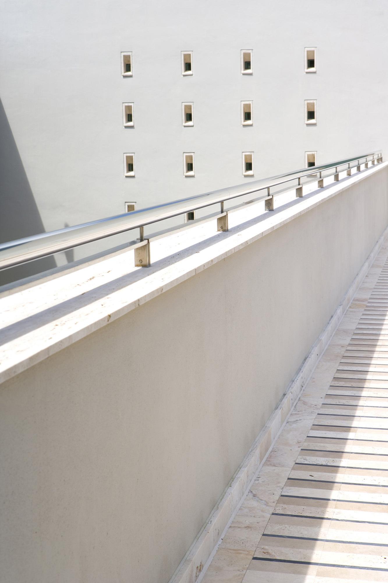 residencia-tavernier-drive-luis-pons-design-lab_chayane_house_032607_035