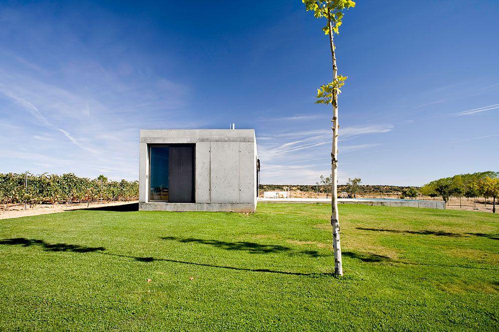 Anton-House-03