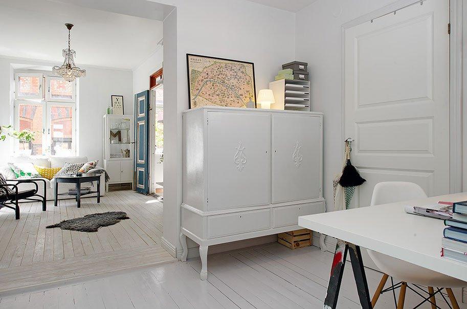 Artistic-Clutter-01