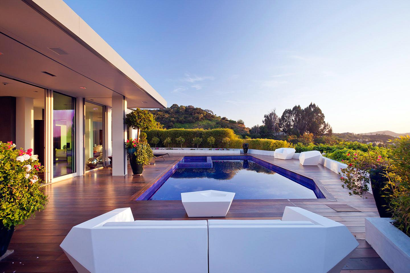Beverly-Hills-House-01