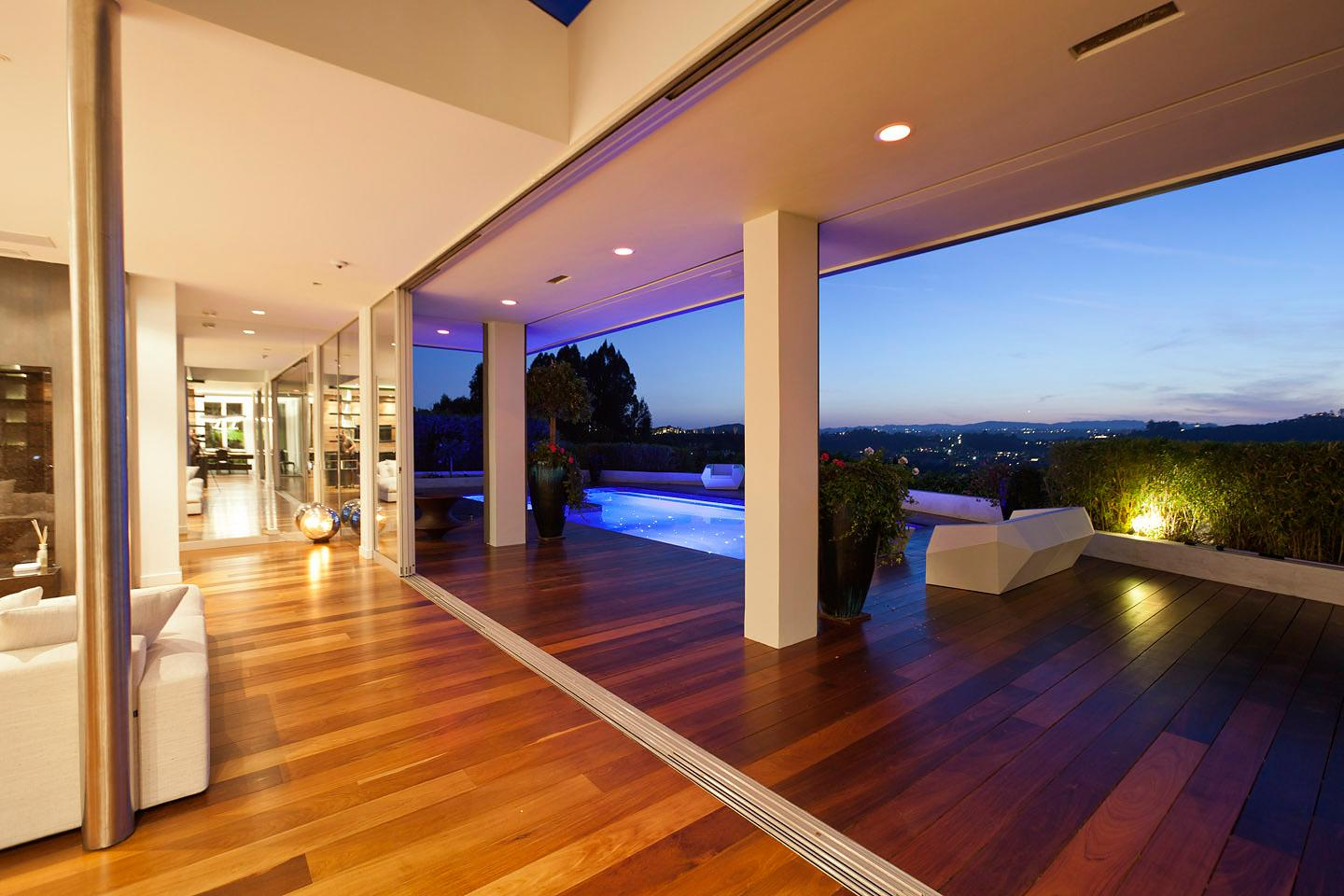 Indoor outdoor rubber flooring · beverly hills house 07