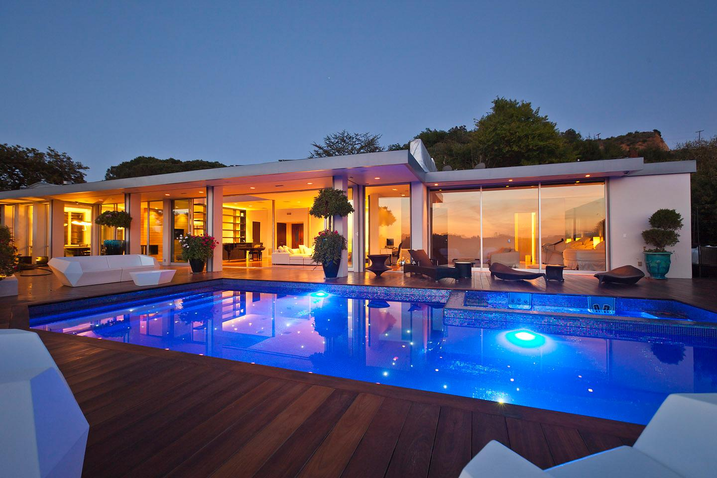 Beverly-Hills-House-11