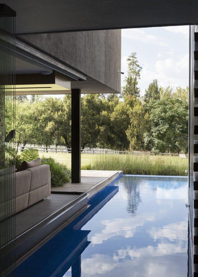 Blair Atholl by Nico van der Meulen Architects 22