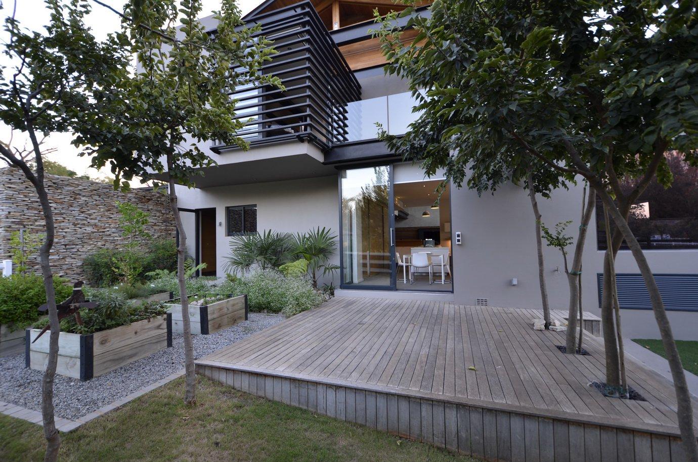 Blair Atholl by Nico van der Meulen Architects 28