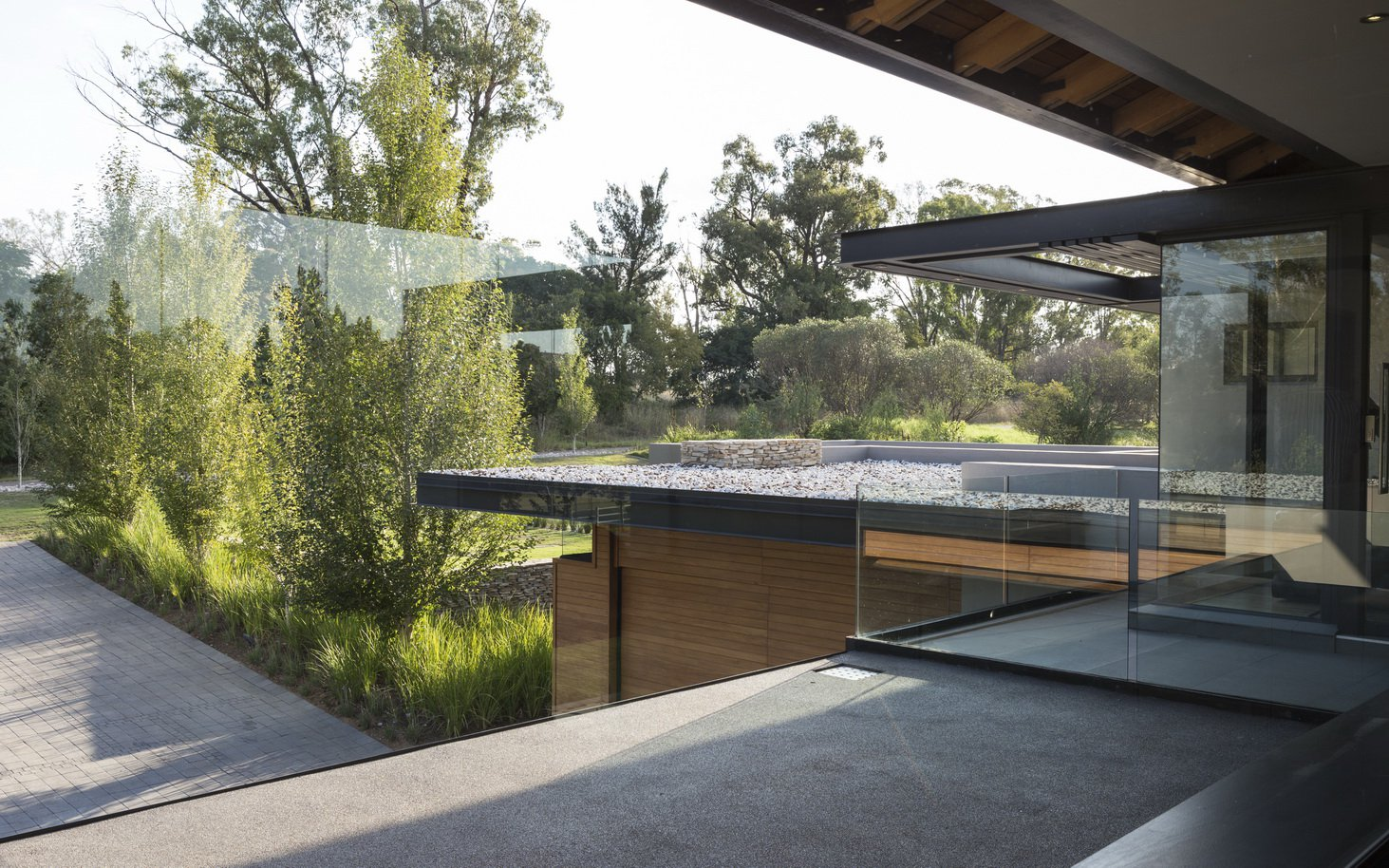 Blair Atholl by Nico van der Meulen Architects 35