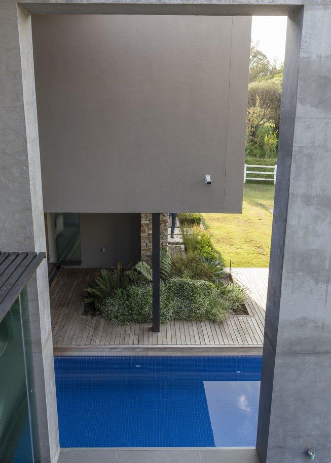 Blair Atholl by Nico van der Meulen Architects 39
