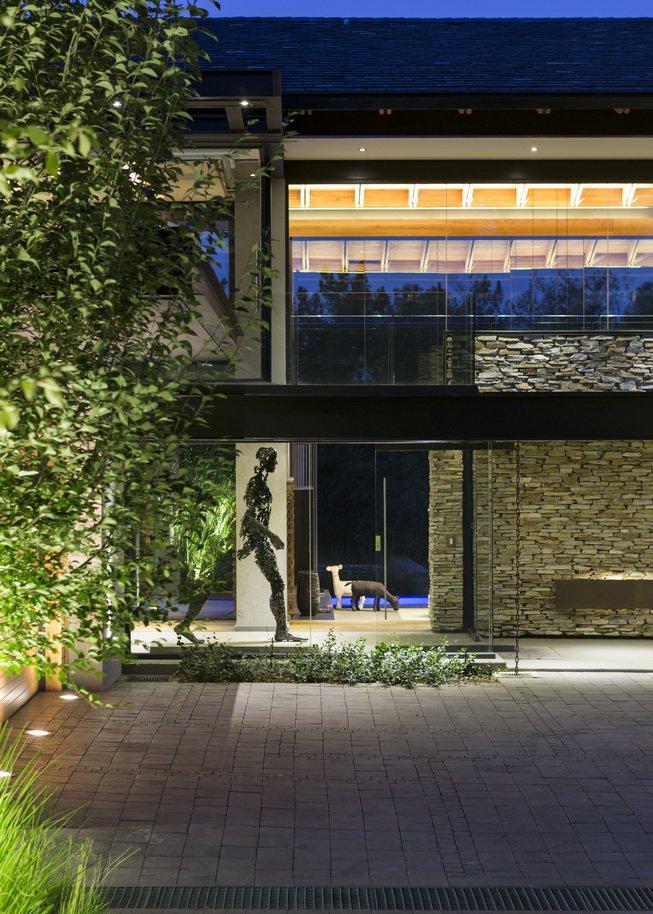Blair Atholl by Nico van der Meulen Architects 4
