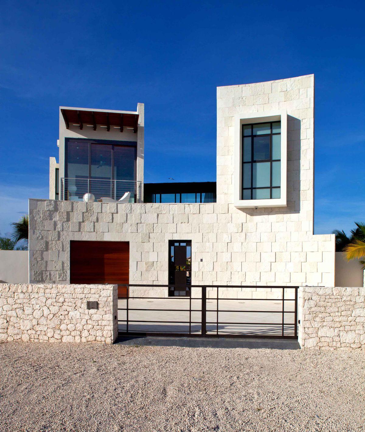 Bonaire-House-00