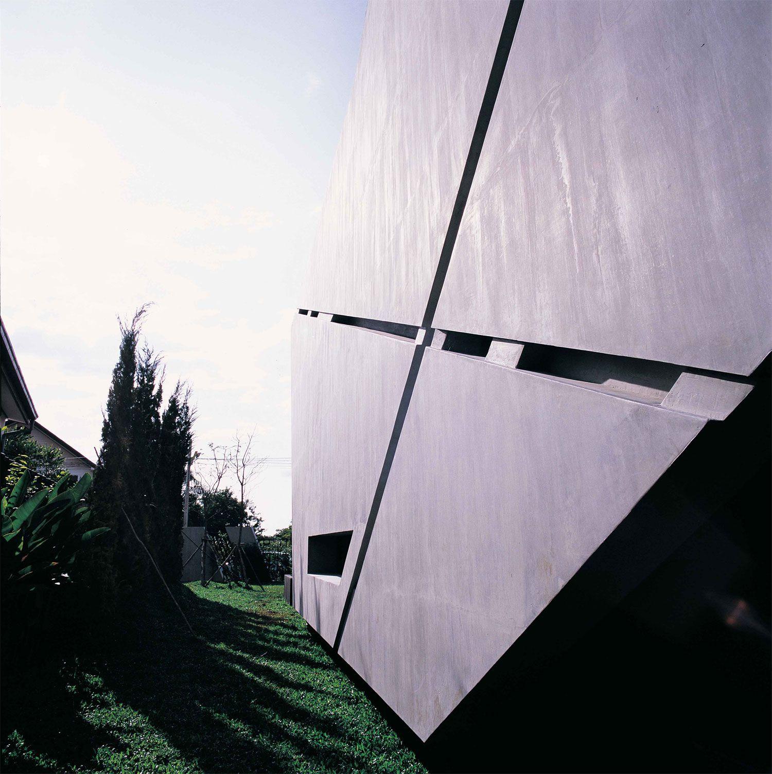 Bunker-House-04