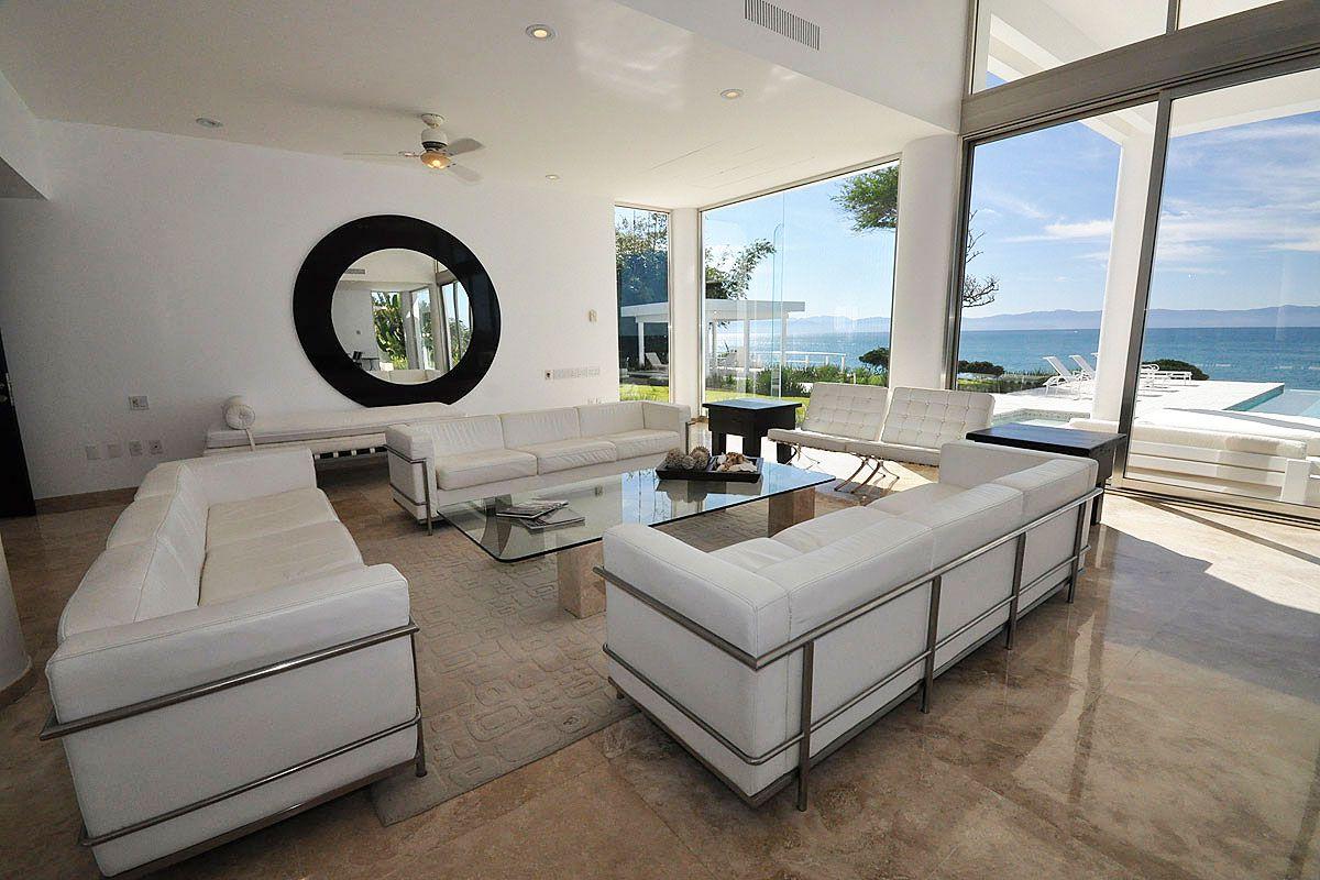 China blanca luxury villa in puerto vallarta caandesign for Luxus wohnzimmer modern