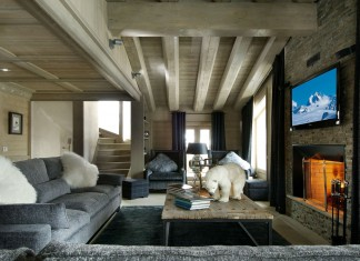 Black Pearl Chalet by Philippe Capezzone