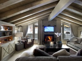 Chalet White Pearl by Philippe Capezzone