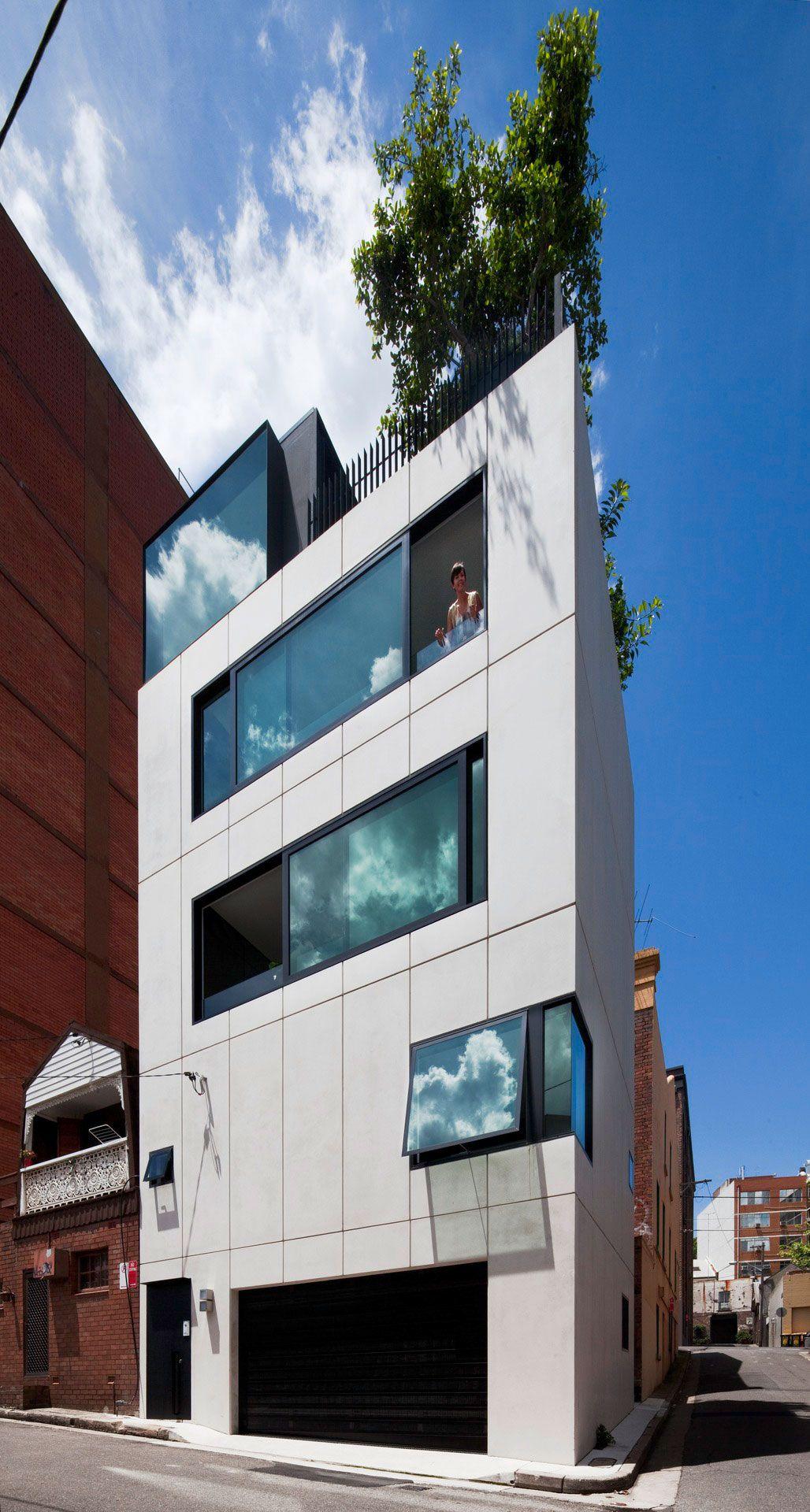 Contemporary-Small-House-01