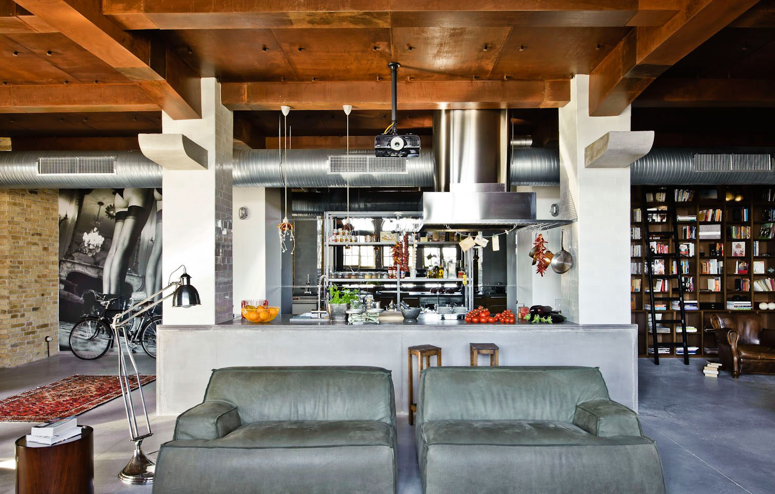 Eclectic-Apartment-Budapest-07