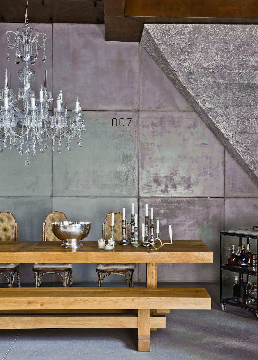 Eclectic-Apartment-Budapest-10