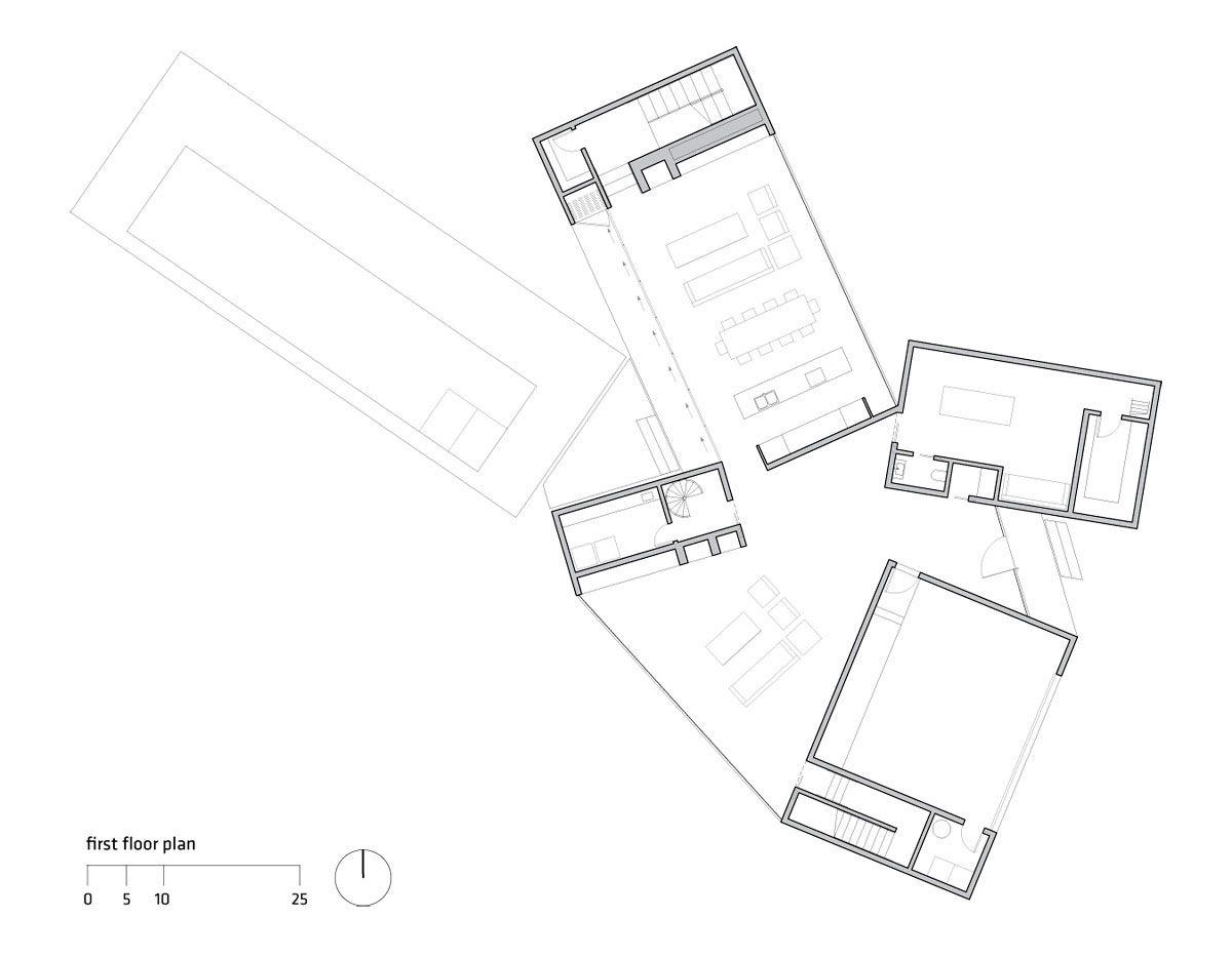 Four-Eyes-House-11
