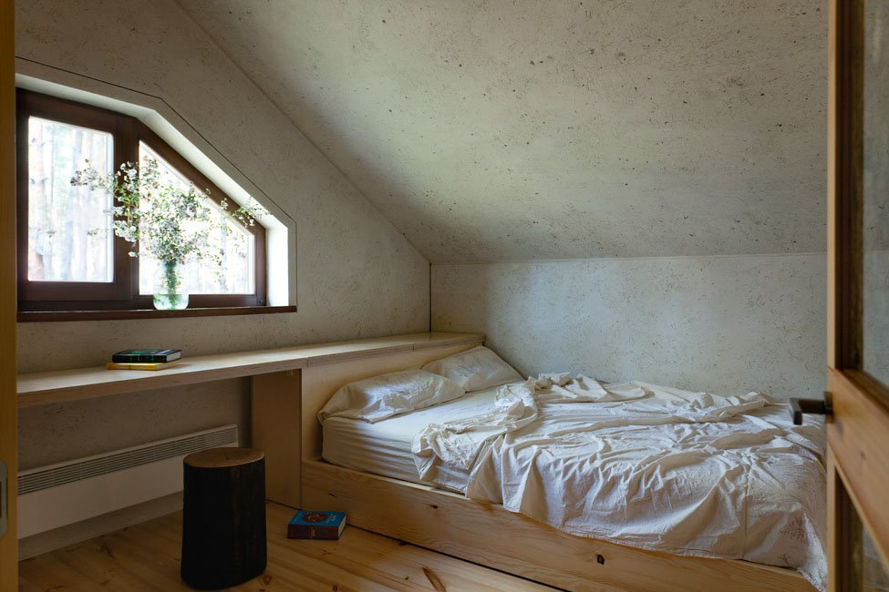 Home-in-a-Log-Cabin-18