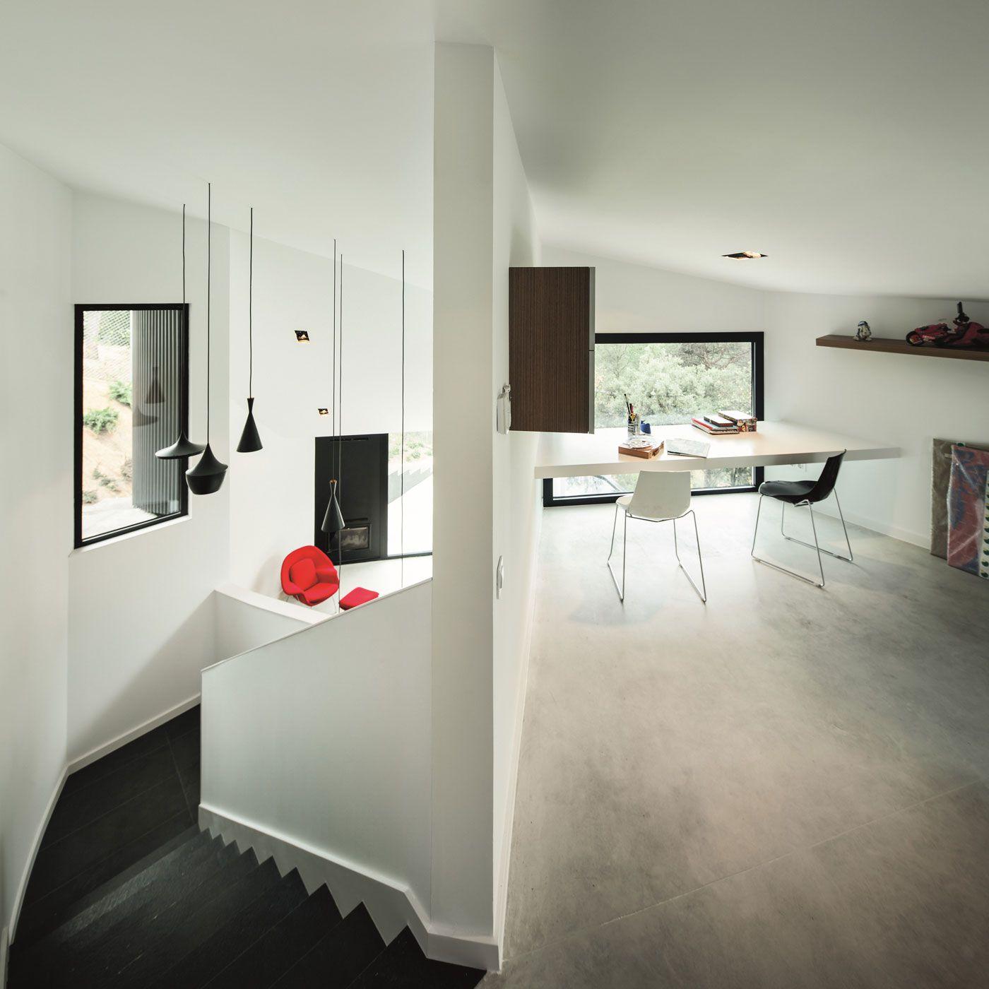 House-AT-07