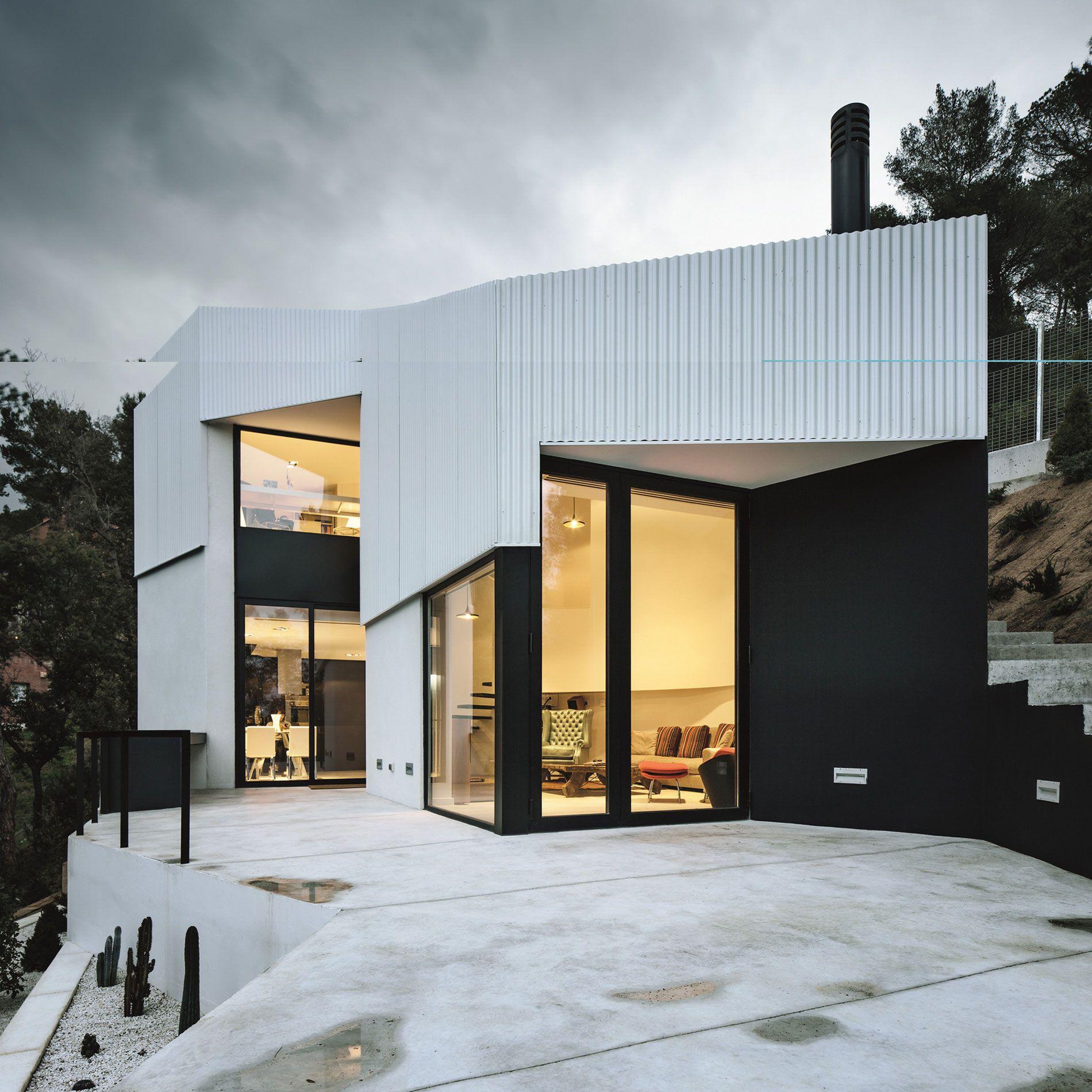 House-AT-09