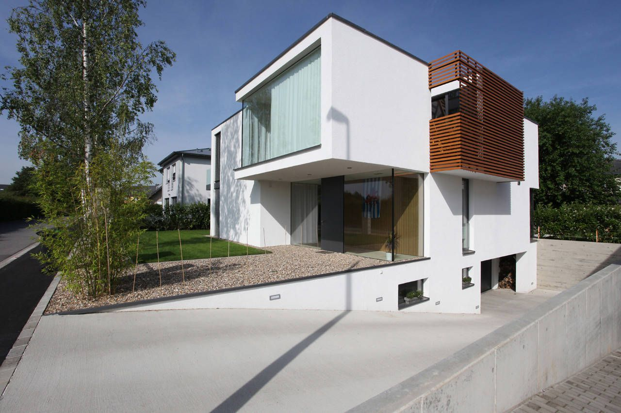 House-THE-02