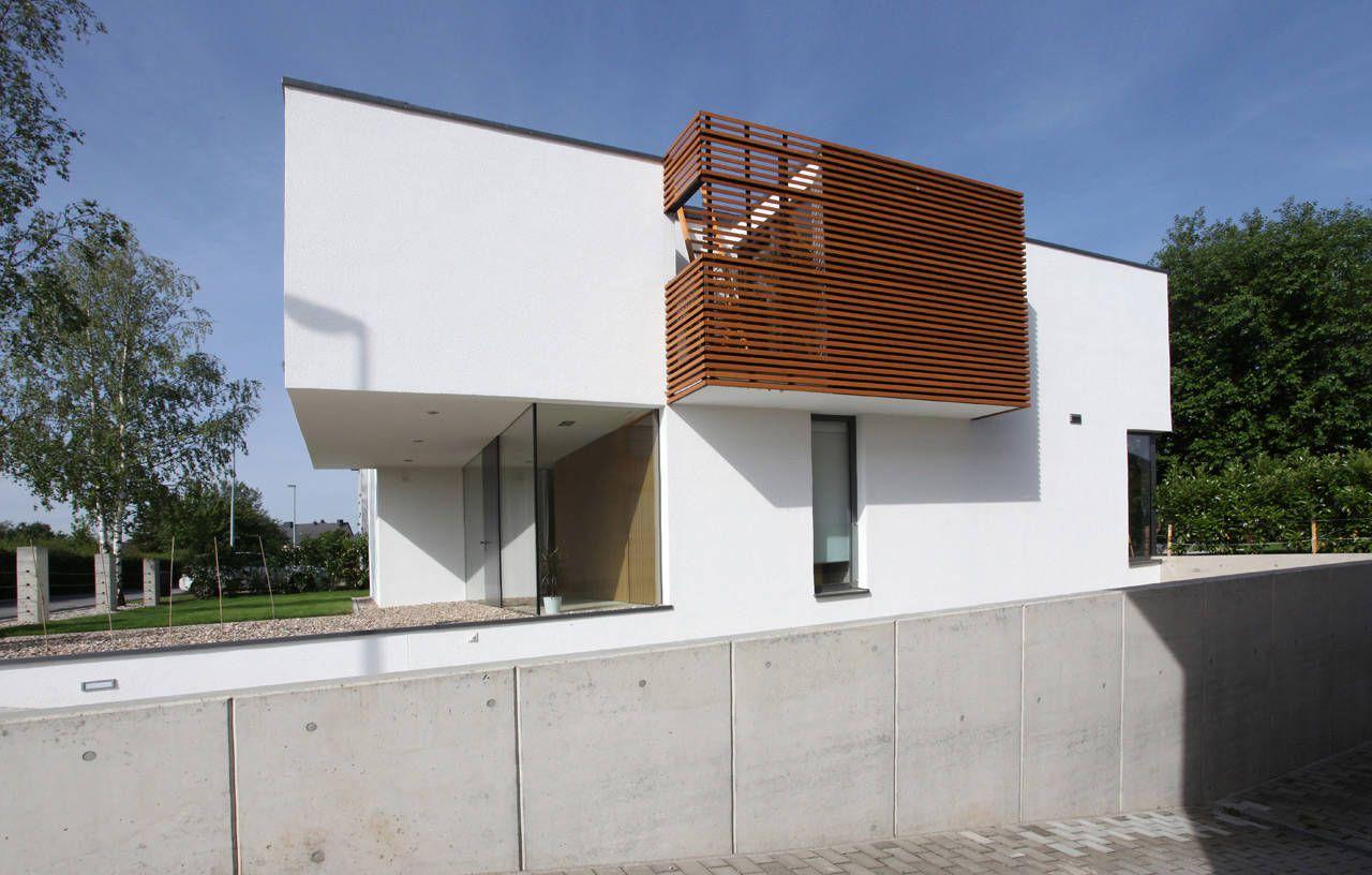House-THE-04