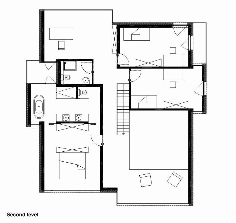 House-THE-22