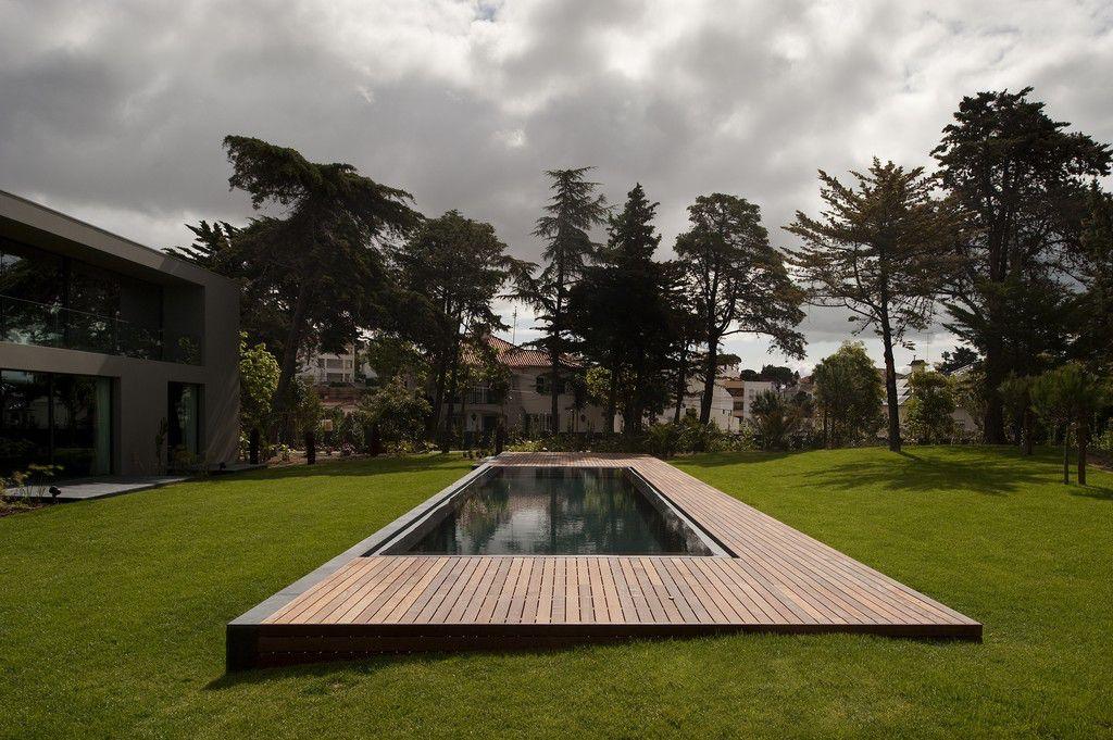 House-in-Estoril-00-2