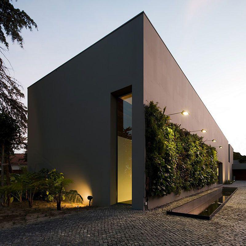 House-in-Estoril-01