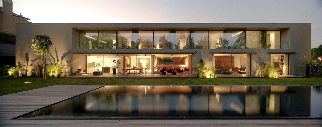 House-in-Estoril-04