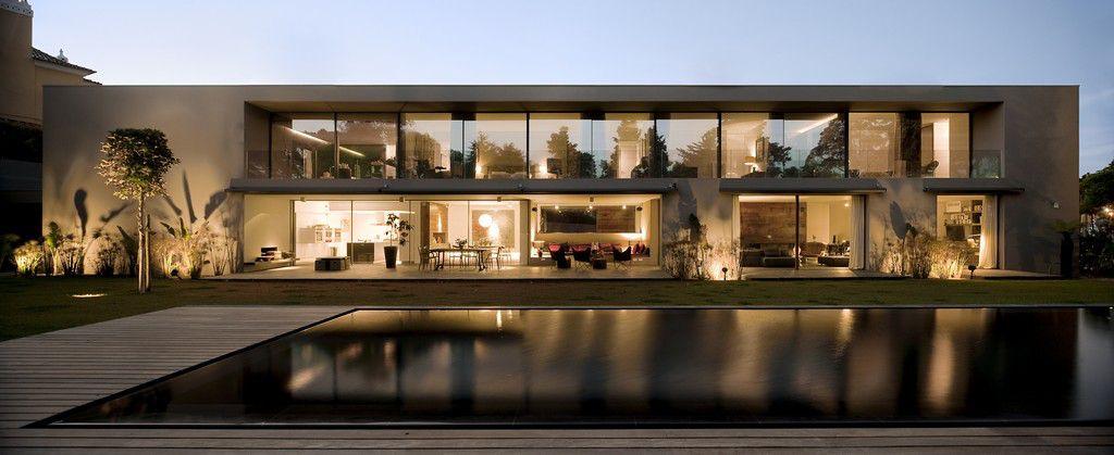 House-in-Estoril-05